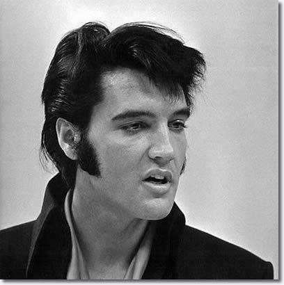 Elvis-1969-elvis-presley-7905454-408-410