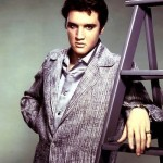 Elvis-Photo-Shoot-elvis-presley-8686409-400-514