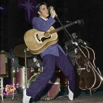 Elvis-Presley-On-Stage-50-s-Live-in-Miami-Florida-elvis-presley-9203155-391-500
