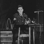 Elvis-Presley-elvis-presley-8655622-866-1280