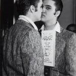 Elvis-Presley-elvis-presley-8927186-454-664