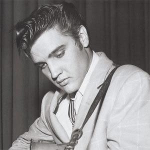 Elvis-elvis-presley-6879169-300-300
