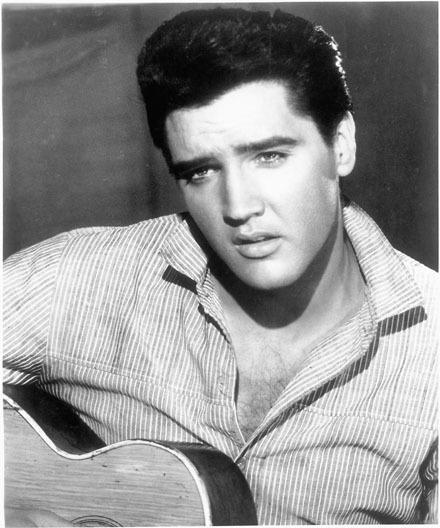 Elvis-elvis-presley-7008237-440-528