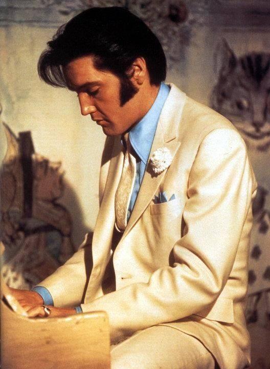 Elvis Elvis in Trouble with girls